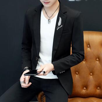 春と秋の新商品の純色のスタンドカラーはスーツの男性おしゃれファッションを少し詰めて、ゆったりとした通気性を実現します。韓国式修身タイプの青年スーツです。