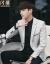 閃爆スーツ男性韓国式修身ライトカラースーツ2018秋モデル西青年学生水洗い長袖ビジネス略装メーンズズ加肥サイズ浅灰色L(105斤-120斤)
