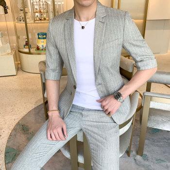 夏の七分袖スーツ男性ストライプ青年ネット赤い小さいスーツ九分ズボン韓国式修身二点セットの薄い半袖のかっこいいスーツセット