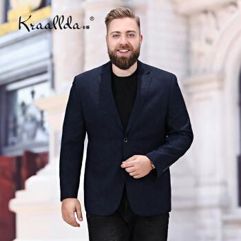 KRAALLDAは軽奢ブランドの2019夏新品の大型スーツに乗ります。男性はカッコイイコートとカジュアルな服を少し着ています。