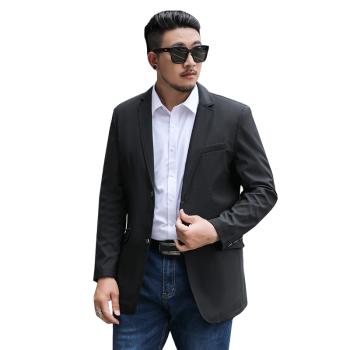 良布の大きいサイズのスーツの男性は私服の単西の上着の男性の外套を少し詰めて肥大します中青年のメーズのビジネススーツの外套のゆったりしている大きいサイズの上着の単品のスーツはスーツの黒色の5 XLがあって、200-220斤に適します。